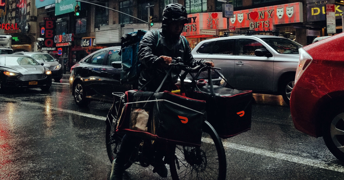 Doordash delivery person on bike in NYC